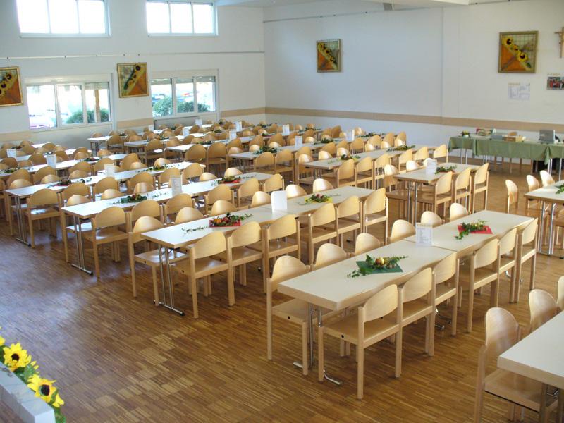 Der Pfarrsaal bietet vielen Gruppen Platz für Feste und Veranstaltungen